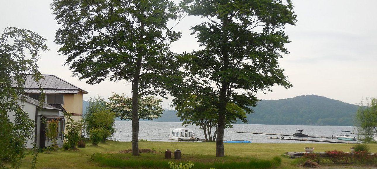湖畔の宮川旅館